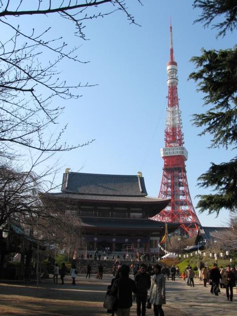 芝増上寺三門と東京タワー